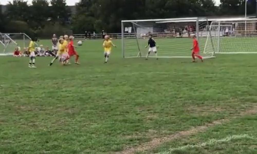 Τρομερή γκολάρα αλά… Μέσι από 11χρονο (video)