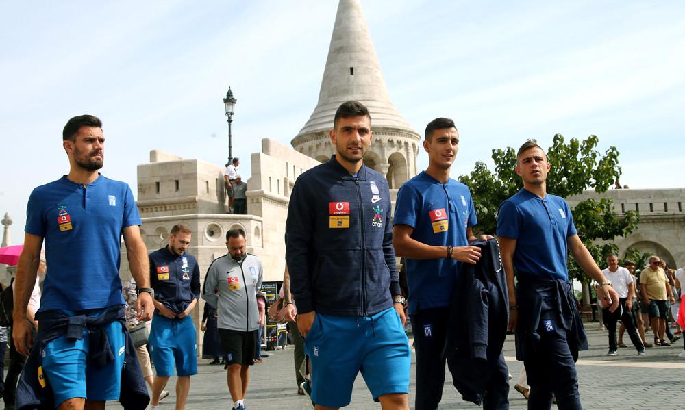 Εθνική Ελλάδος: Η βόλτα των διεθνών στην Βουδαπέστη (photos+video)