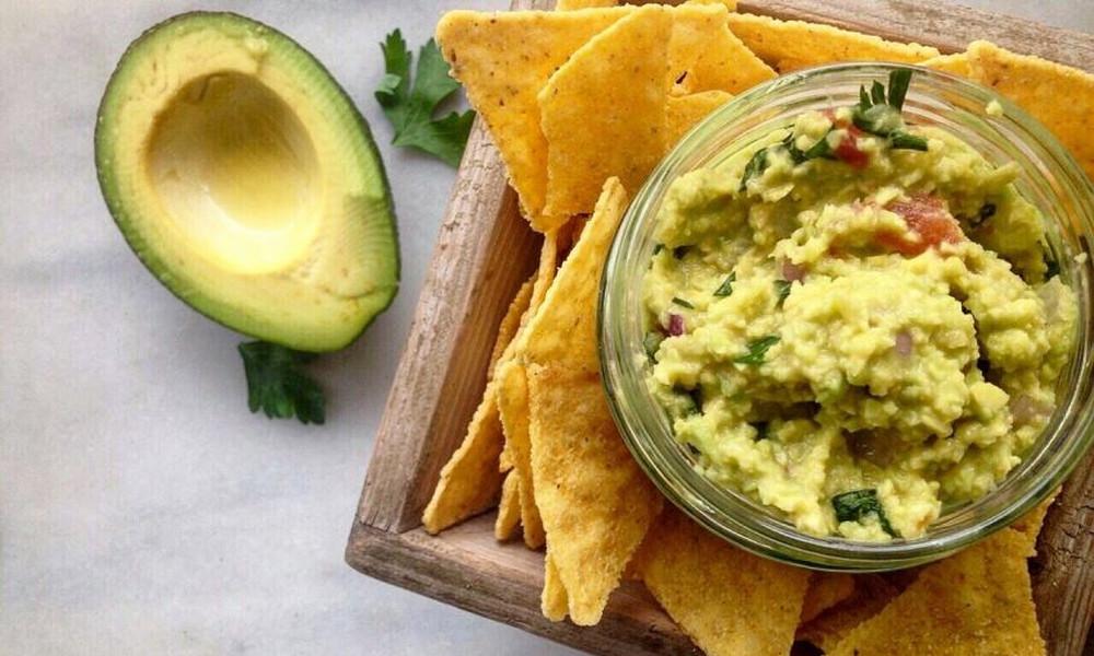 Guacamole με nachos