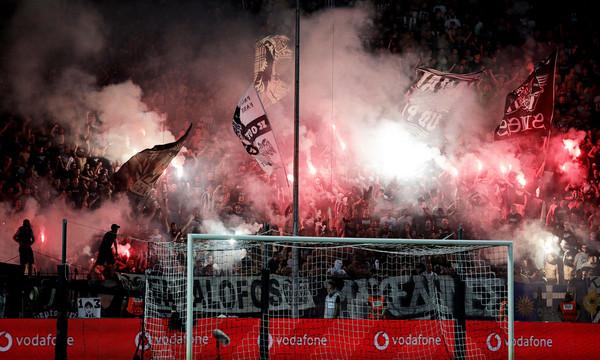 ΠΑΟΚ-ΑΕΚ: Πανό-απάντηση για το περσινό πρωτάθλημα στην Τούμπα (photo)