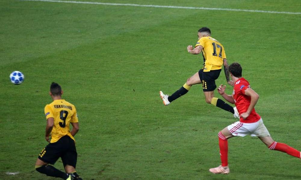 ΑΕΚ – Μπενφίκα: Το τετ-α-τετ του Κλωναρίδη που έκρινε το ματς! (video)