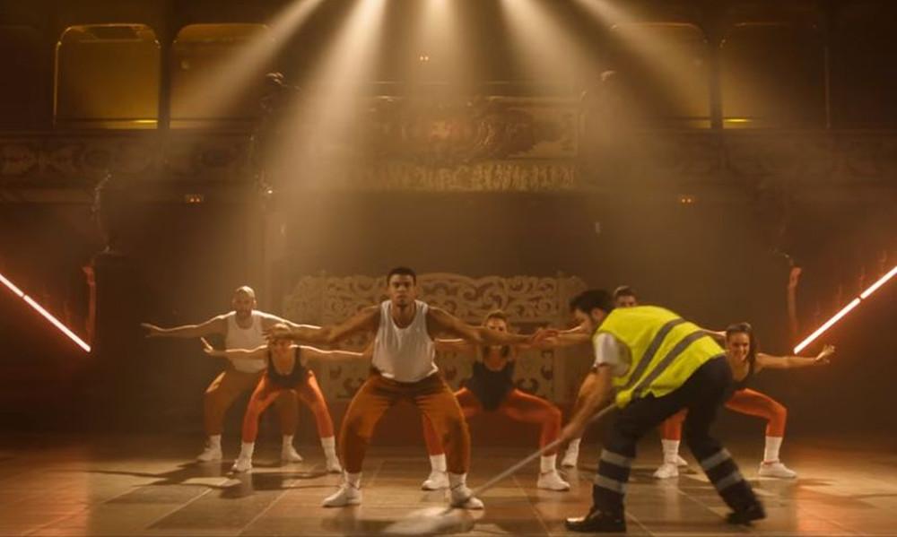 ΕΠΙΚΟ: Το χορευτικό του Καλάθη, η… φρουτοσαλάτα του Σπανούλη και το ποπ-κόρν του Μπερτομέου! (vid)