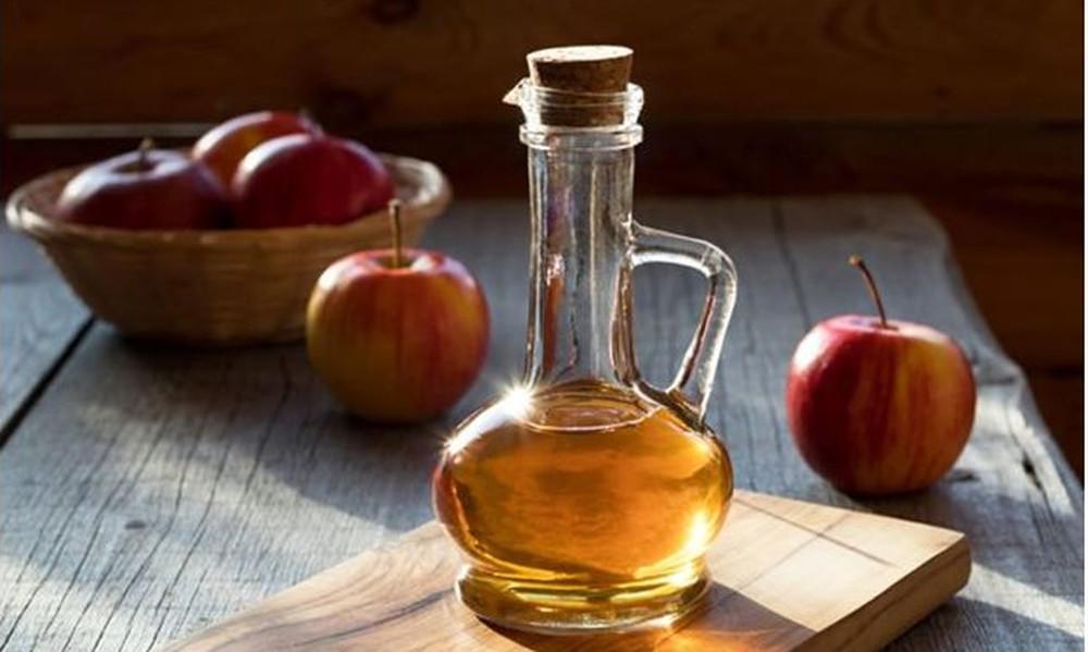 Για τους Pro της διατροφής: 4 λόγοι να βάλεις το μηλόξυδο στη ζωή σου