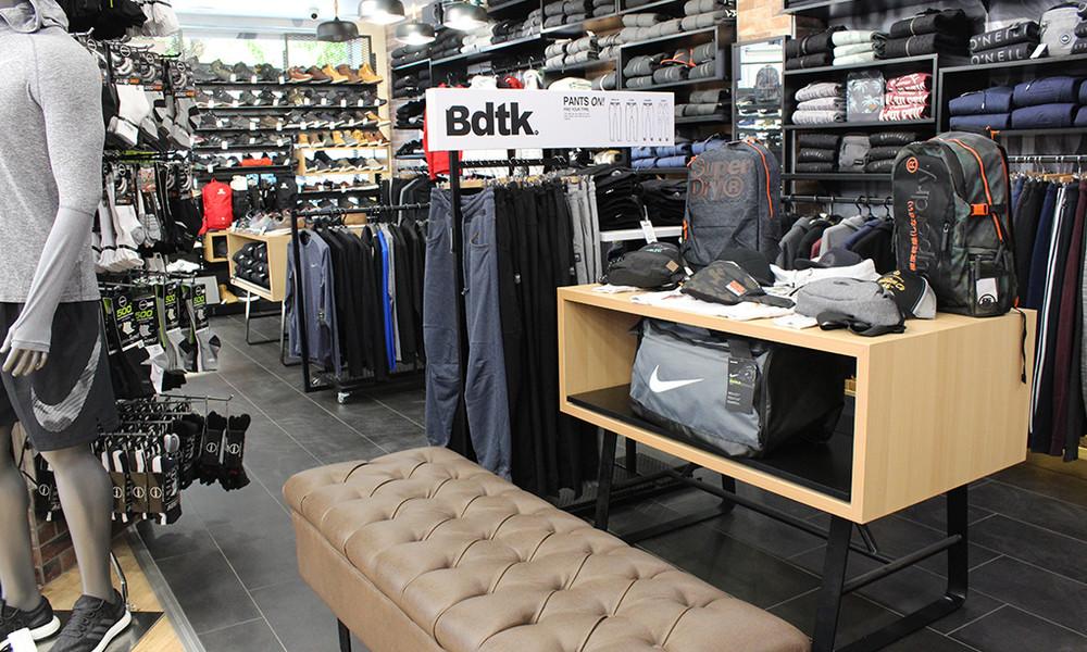 4281886c824 Αθλητικά είδη και fashion προϊόντα στο bettersports.gr - Onsports.gr