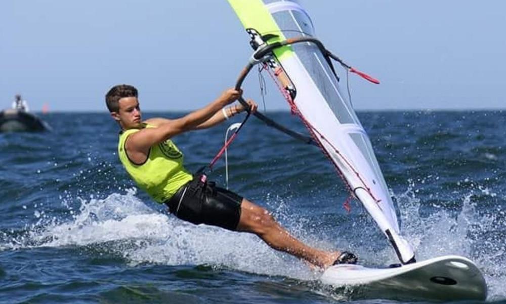 Ολυμπιακοί Αγώνες Νέων-Ιστιοπλοϊα: Ο Καλπογιαννάκης κατέκτησε το χρυσό μετάλλιο!