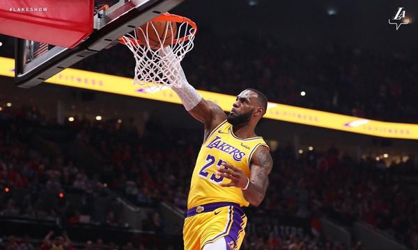 NBA: Ήττα για Λεμπρόν και Λέικερς, εντυπωσιακοί Σίξερς, μεγάλη νίκη για Χιτ