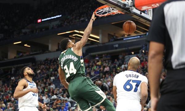 NBA: Ασταμάτητοι Μπακς, double-double ο Αντετοκούνμπο! (video)