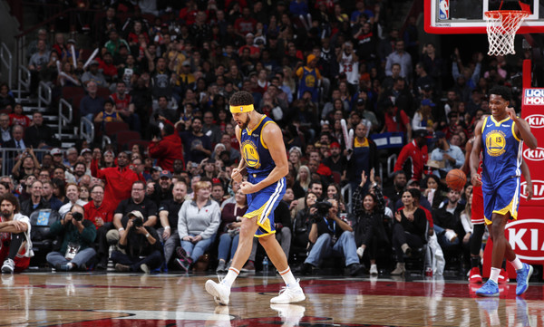 NBA: Μυθικός Τόμπσον στο Top-10! (video)