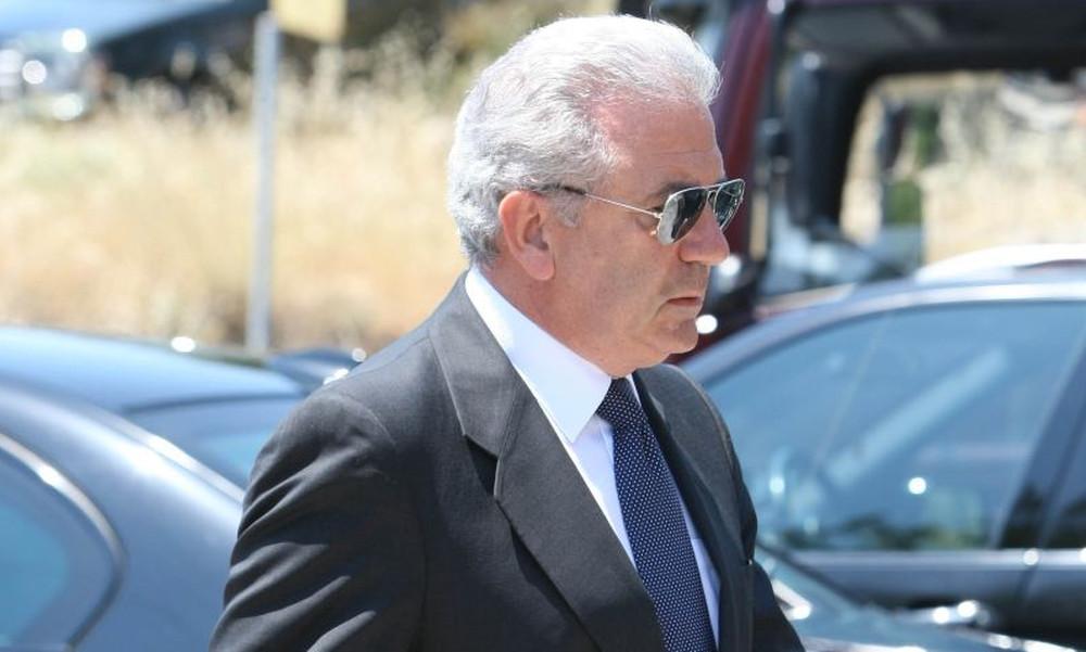 Αβραμόπουλος: «Σήκωσες την Ελλάδα στα χέρια σου»