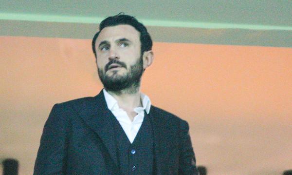 Άρης: Ταξίδι Καρυπίδη στην Ιταλία για προπονητή