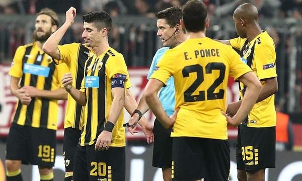 Με πέναλτι το 1-0 η Μπάγερν, έξαλλοι στην ΑΕΚ (video)