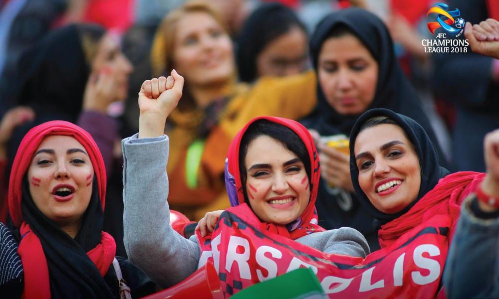 Γυναικεία εξέδρα στον τελικό του ασιατικού Champions League στο Ιράν (photos, video)