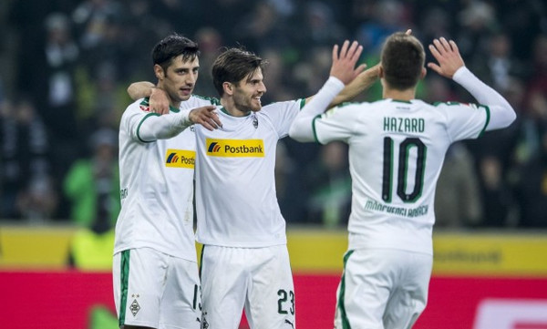 Bundesliga: Στο κυνήγι της Ντόρτμουντ η Γκλάντμπαχ