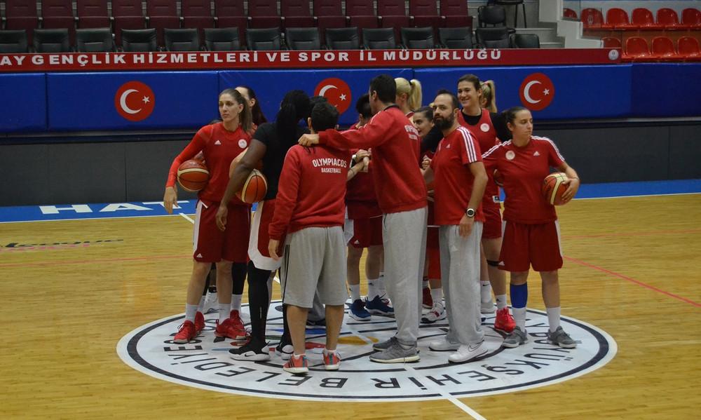 Προπόνηση στην Τουρκία για τον Ολυμπιακό (photos)
