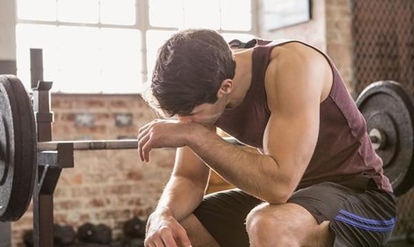 3 τρόποι για να ξεμπερδεύεις με τον πόνο του γυμναστηρίου like… a Pro