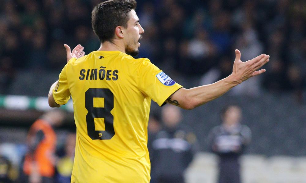 AEK: Φέρνει πρόταση και φεύγει ο Σιμόες