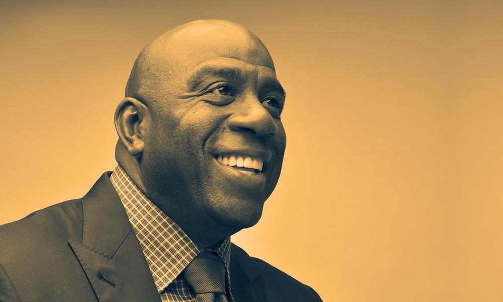 Ο Μάτζικ Τζόνσον κοίταξε τον HIV με χαμόγελο και είπε: «Ας παίξουμε λοιπόν...»