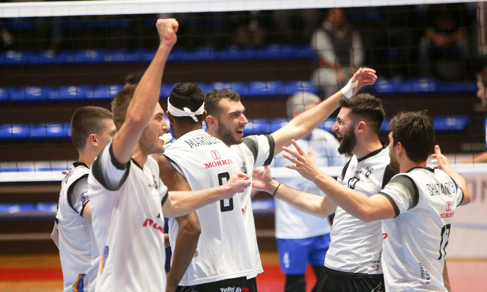 Volleyleague: Συνέχισαν με νίκες Ολυμπιακός και ΠΑΟΚ