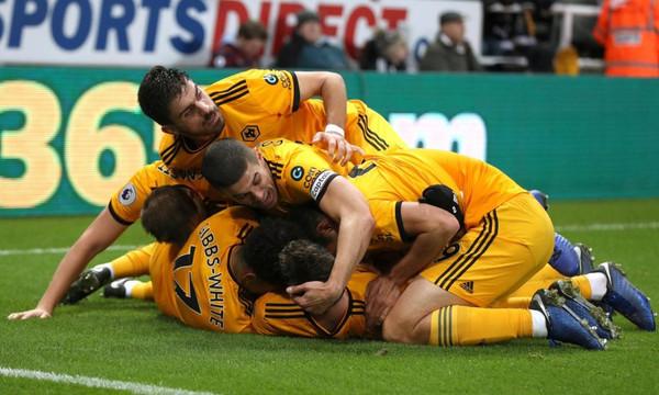 Premier League: «Τέζαρε» την Νιουκάστλ η Γούλβς! (vid)