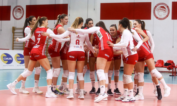 Εύκολο 3-0 για τον Ολυμπιακό (photos)
