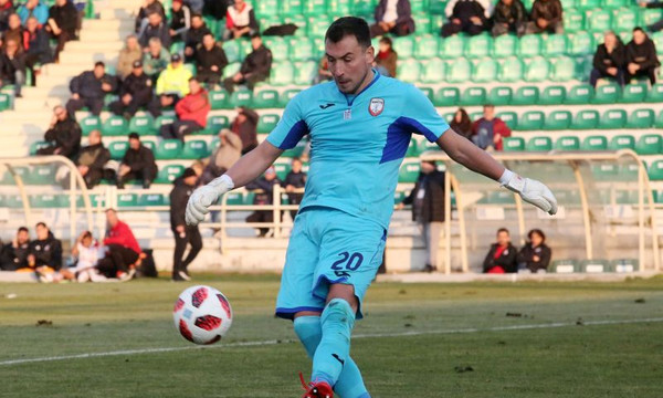 Επικός Ζίβκοβιτς: «Μετά τις γυναίκες, καλύτερο πράγμα το ποδόσφαιρο» (photo)