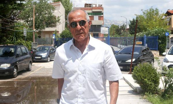 ΠΑΕ Παναθηναϊκός: Διαψεύδει για αποχώρηση Κωνσταντίνου