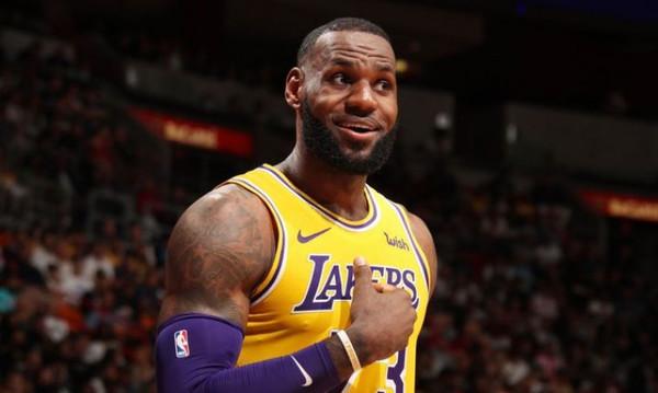 NBA: «Άναψε» φωτιές το like του Λεμπρόν! (photo)