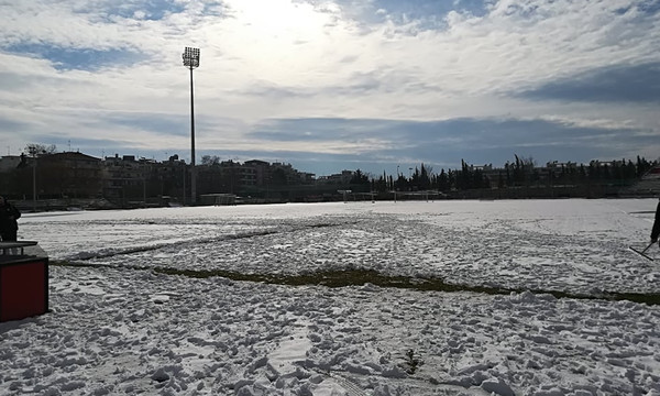 Football League: Μπαράζ αναβολών λόγω χιονιού