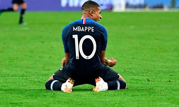 Οι ακριβότεροι ποδοσφαιριστές του πλανήτη (photo)
