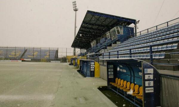 Αστέρας Τρίπολης-ΠΑΟΚ: Προσπάθειες να καθαρίσει το γήπεδο, φεύγει το χιόνι! (photo)