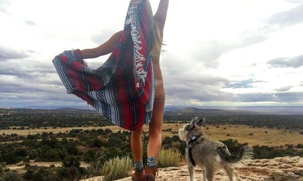 Γυναίκα «εκδικείται» τους πρώην με γυμνές πόζες στο Instagram (photos)