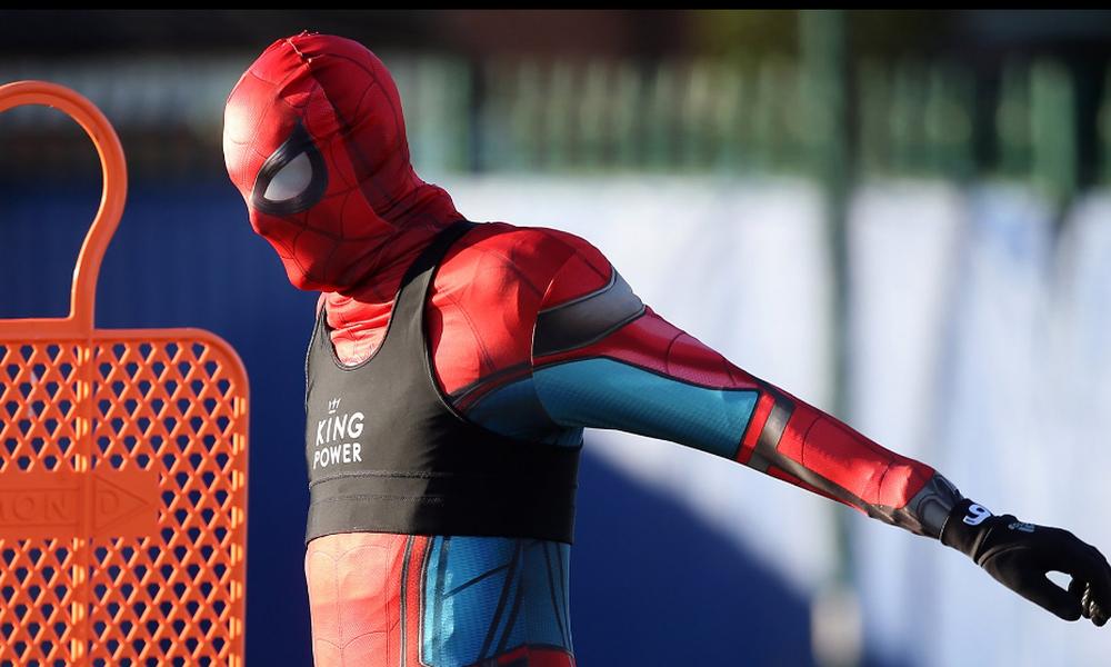 O… Spiderman στην προπόνηση της Λέστερ! (video+photos)