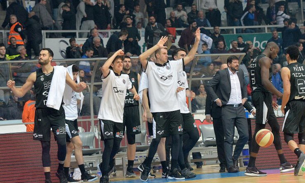 «Έκλεισε» θέση στα playoffs ο Ερυθρός Αστέρας, πήρε το ντέρμπι η Παρτιζάν!