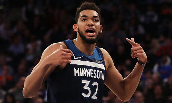 NBA: Πλούσιο θέμα στο Top-10 με Τάουνς στην κορυφή (video)