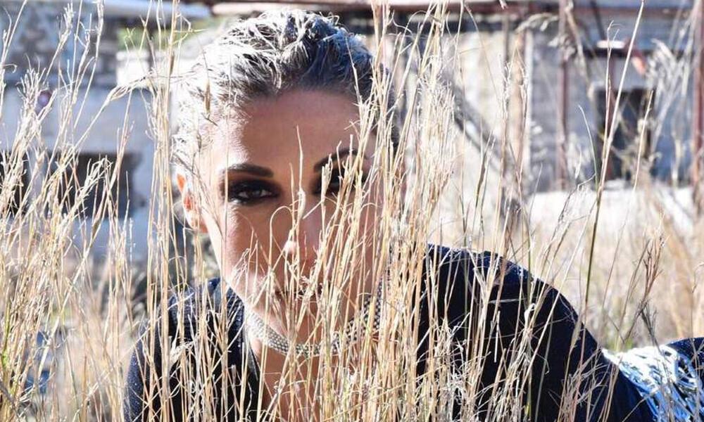 Το ανατρεπτικό video clip της Μαρίας Καρλάκη