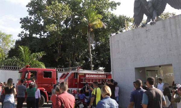 Ντοκουμέντο: Έτσι ξέσπασε η φωτιά στο προπονητικό της Φλαμένγκο (video)