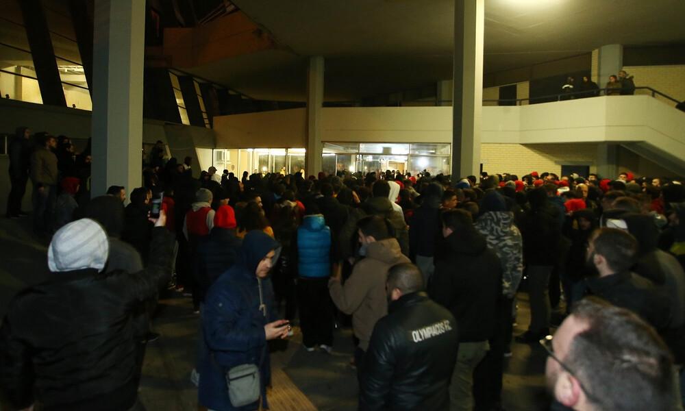 Παναθηναϊκός - Ολυμπιακός: Η υποδοχή στο ΣΕΦ και συνάντηση με Μπλατ (photos)
