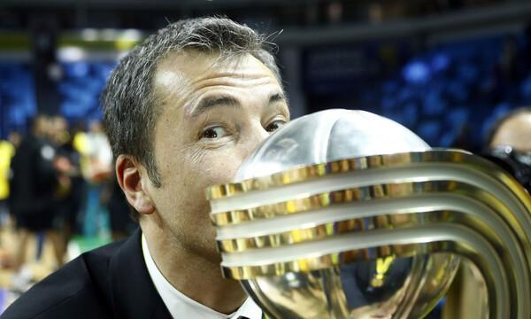 Μπάνκι: «Ξεχωριστή βραδιά! Μάκης Αγγελόπουλος και Ντράγκαν Σάκοτα έφεραν εδώ την ΑΕΚ»