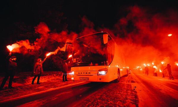 Ζενίτ: Πύρινη υποδοχή στην αποστολή των Ρώσων (photos+video)