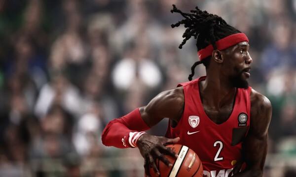 Ολυμπιακός: Ψάχνει για πεντικιούρ ο Ουέμπερ (photo)