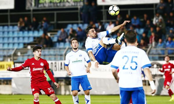 Ομάδα της Ελβετίας βλέπει παίκτη από τη Football League