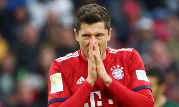 Μπάγερν – Λίβερπουλ: «Βράζει» η «Allianz Arena» για πέναλτι στον Λεβαντόφσκι (videos+photo)