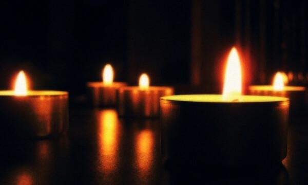 ΣΟΚ: Γνωστός τραγουδιστής αυτοπυροβολήθηκε κατά λάθος στα γυρίσματα video clip και πέθανε