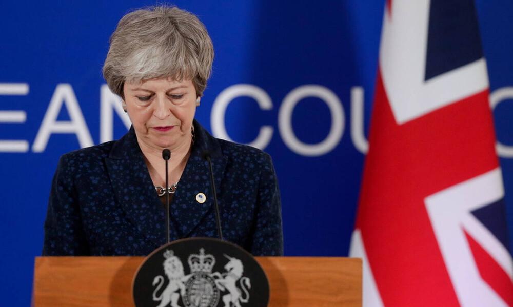 Βρετανία: Στα δύο η κυβέρνηση Μέι - Έκτακτο υπουργικό συμβούλιο για το Brexit