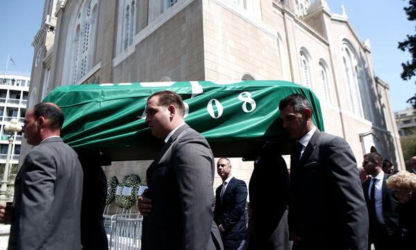 Το αποχαιρετιστήριο χειροκρότημα στον Θανάση Γιαννακόπουλο (videos+photos)
