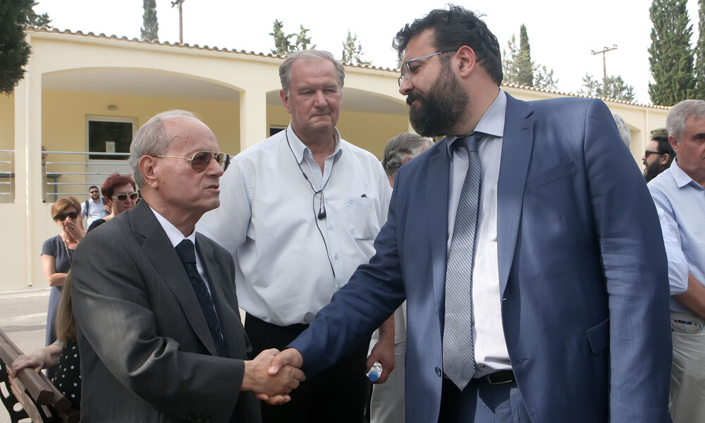 Ο Γιώργος Βασιλειάδης στη Μητρόπολη για τον Θανάση Γιαννακόπουλο (video)