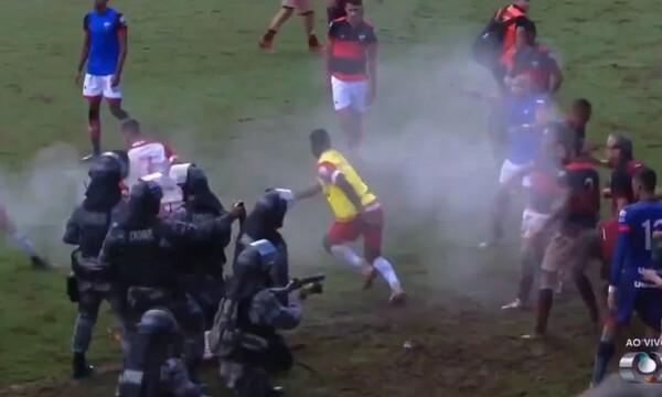 Απίστευτο ξύλο ανάμεσα σε παίκτες στη Βραζιλία! (video)