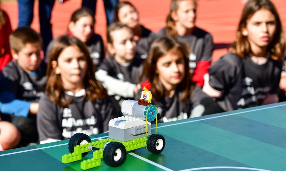 Οι Αθλητικές Ακαδημίες ΟΠΑΠ μυούν τα παιδιά στη ρομποτική (video)