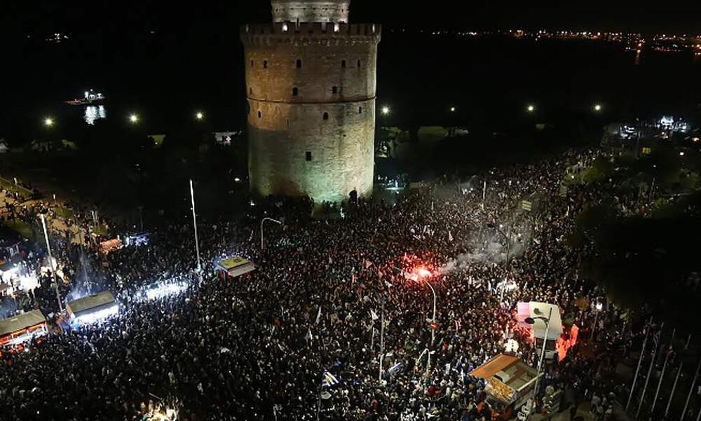 «Καίγεται» ο Λευκός Πύργος για τον πρωταθλητή ΠΑΟΚ! (photos)