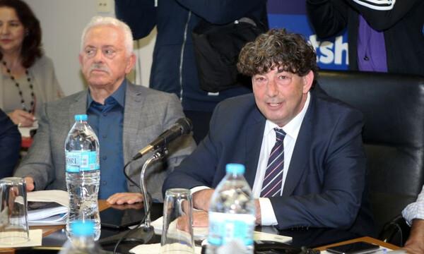 Γαλατσόπουλος: «Έχουμε πρωτάθλημα, θα παίξει ο Ολυμπιακός» (videos)